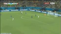 Enlace a GIF: Sturridge iguala el partidazo entre Italia e Inglaterra