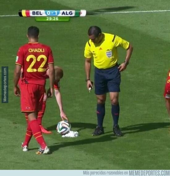 339782 - Creo que el árbitro se ha pasado de la raya