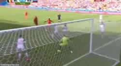 Enlace a GIF: Jugadón de Hazard para que la empuje Origi ¡1-0 para Bélgica en el 88!