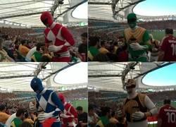 Enlace a Los Power Rangers asistieron al partido Bélgica vs Argelia