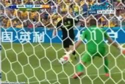 Enlace a GIF: Gran definición de Torres para el segundo de España