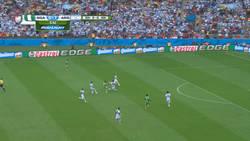 Enlace a GIF: El empate de Nigeria ha sido un golazo