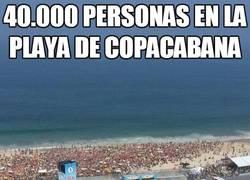 Enlace a 40.000 personas en la playa de Copacabana