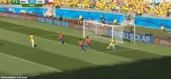 Enlace a GIF: El gol anulado a Hulk, polémica, polémica everywhere