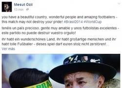 Enlace a Özil es todo un señor