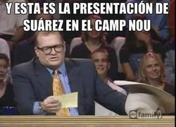 Enlace a Luis Suárez el día de su presentación