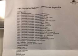 Enlace a Ésta es la lista de invitados de la FIFA para la final