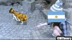 Enlace a GIF: Otro año será, Argentina