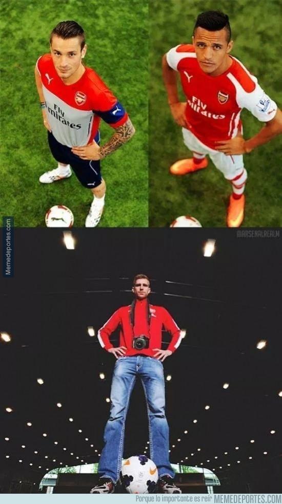 364169 - Ahora todo tiene sentido, ya sabemos quién hace las fotos del Arsenal