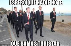 Enlace a El Manchester United dando un paseo por la playa
