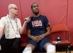 Enlace a ¿Pero Durant tiene piernas o sticks de hockey?