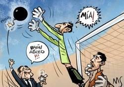 Enlace a Florentino tratando de deshacerse de Diego López