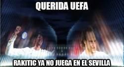 Enlace a Querida UEFA, sacad a los becarios