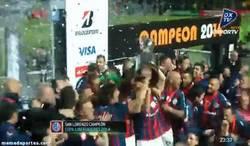 Enlace a GIF: ¡106 años tuvieron que pasar para que San Lorenzo gane la Libertadores! ¡Enhorabuena!