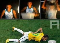 Enlace a Neymar tras el reto del cubo de agua