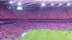Enlace a GIF: Así ha lucido el nuevo San Mamés para el partido de Champions, brutal