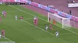 Enlace a GIF: Gol de Vela que pone la guinda al Madrid