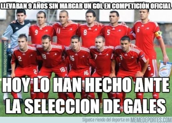 385150 - La selección Andorrana haciendo historia