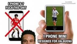 Enlace a Valbuena prefiere el iPhone mini