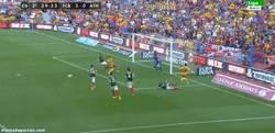 Enlace a GIF: Sigue la sociedad Messi-Neymar, 2-0