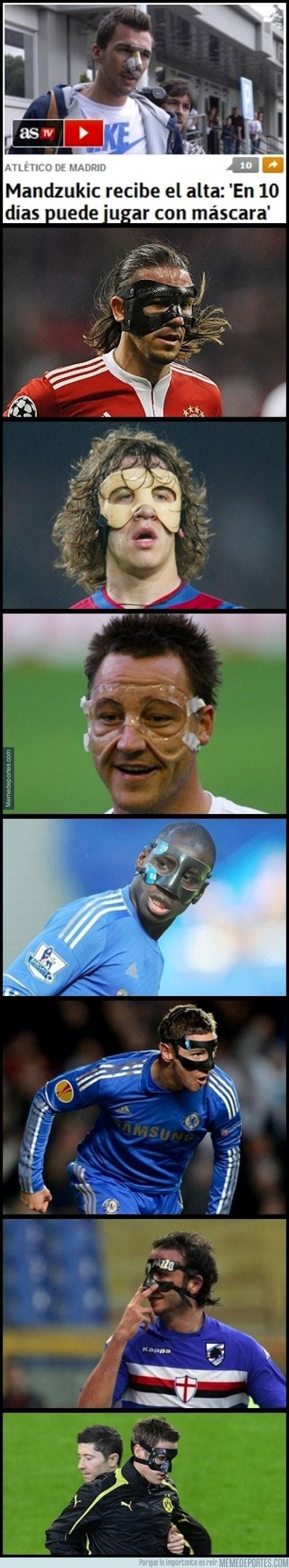 389076 - Mario Mandzukic se une al club de los jugadores con máscaras
