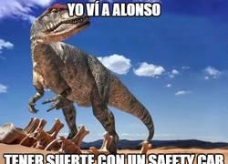 Enlace a Alonso y el Safety Car