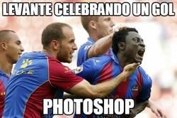 Enlace a El Levante celebrando un gol