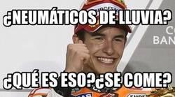 Enlace a Márquez arriesgando