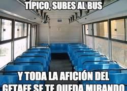 Enlace a Típico al subir al bus