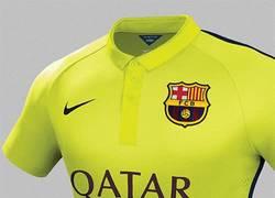 Enlace a GIF: La originalidad de Nike a la hora de hacer las camisetas