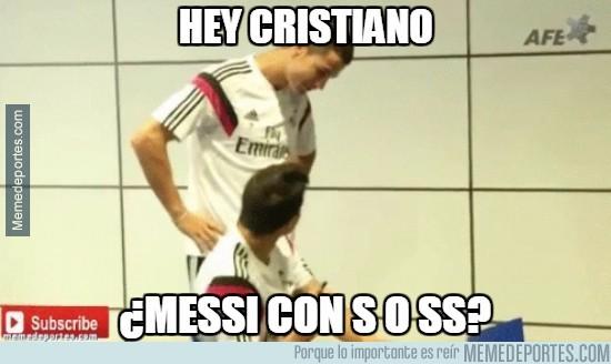 394189 - Hey Cristiano, ¿Messi cómo se escribe?