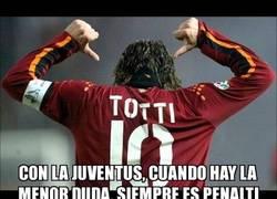 Enlace a Francesco Totti: ''Siempre ganan por robo''