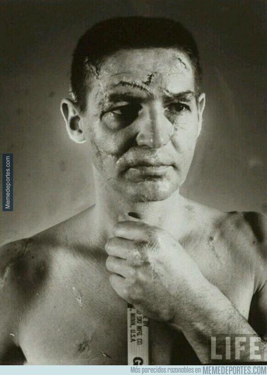396258 - Portero de hockey antes de la existencia de las máscaras protectoras