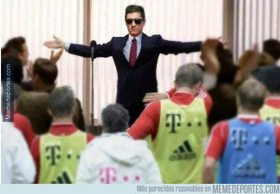 397886 - Así llegará Lewandowski al próximo entrenamiento del Bayern Munich