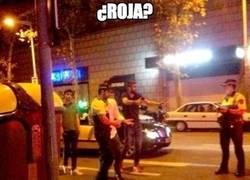 Enlace a Los memes de Piqué con la poli están llegando