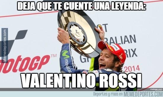 399944 - Rossi se lleva el GP de Australia tras el regalo de la caída de Márquez