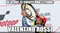 Enlace a Rossi se lleva el GP de Australia tras el regalo de la caída de Márquez