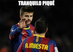 Enlace a Iniesta se solidariza con Piqué