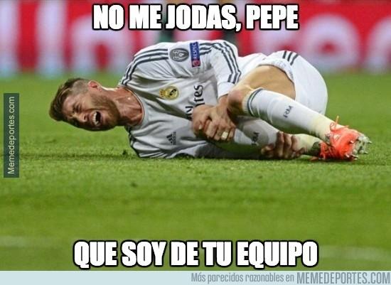 405466 - Pepe ha agredido a Ramos