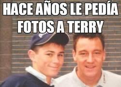 Enlace a Hace años le pedía fotos a Terry