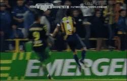 Enlace a GIF: El fichaje que necesita el Barça