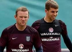 Enlace a Rooney y Flanagan, parecidos razonables