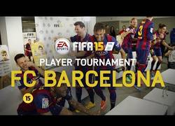 Enlace a VÍDEO: En el campo está claro, pero en el FIFA 15, ¿quién es el mejor de los culés?