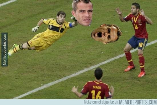 411100 - Casillas despejando dudas