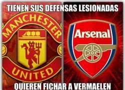Enlace a Manchester United y Arsenal pedirían la cesión de Vermaelen