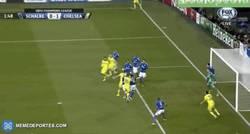 Enlace a GIF: Terry adelanta al Chelsea en el minuto 1, ¿habrá sido por la visita de la nieta de Ferguson?
