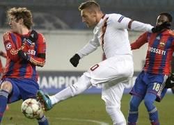 Enlace a Totti a los 38 años, porque la edad es solo un número