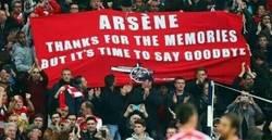 Enlace a El mensaje que le dejaron los aficionados gunners a Wenger