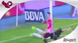 Enlace a GIF: El Athletic vuelve a ser el de antes, golazo de falta de Beñat