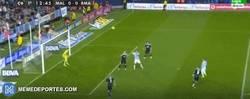 Enlace a GIF: Casillas sigue en recuperación de su mejor forma